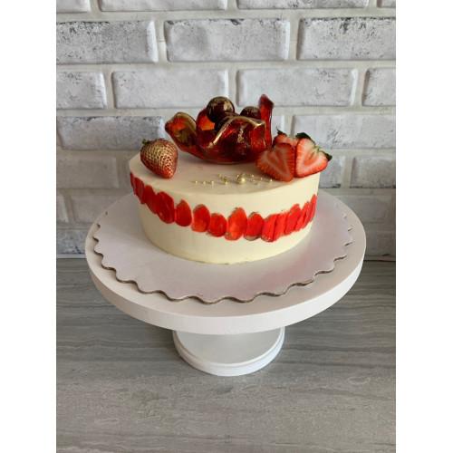 Торт с карамельной вазой